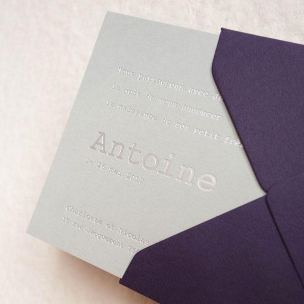 Faire-part de naissance collection Babord en dorure argent sur carte de couleur Grey par Intaglio-Paris