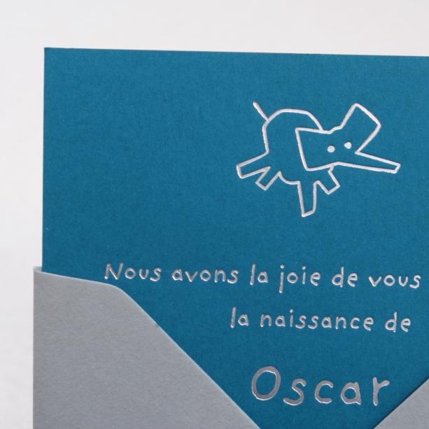 Faire-part de naissance collection Toys Eléphant en dorure argent sur carte de couleur Riviera Blue par Intaglio-Paris