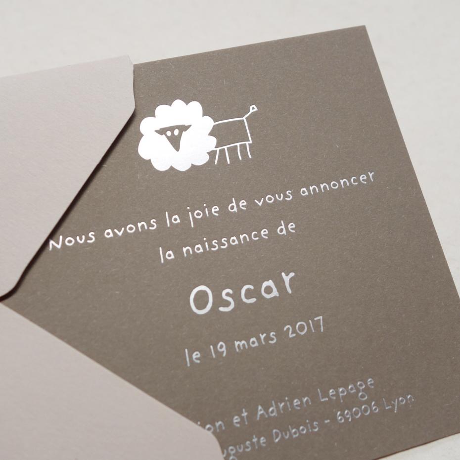 Faire-part de naissance collection Toys Lion en dorure argent sur carte de couleur Noce par Intaglio-Paris