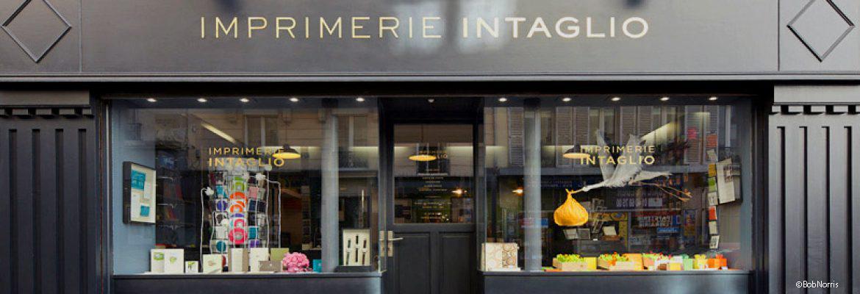 Cette photo représente la Boutique Intaglio rue des Batignolles Paris 17 ©BobNorris